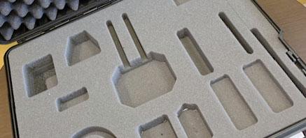 Découpe 3d de mousse dans valise